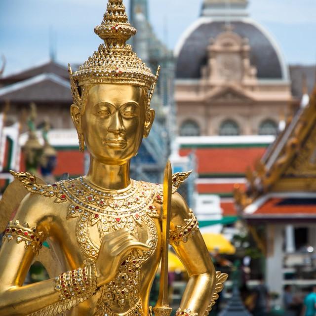 Bangkok, venghino signori, venghino!
