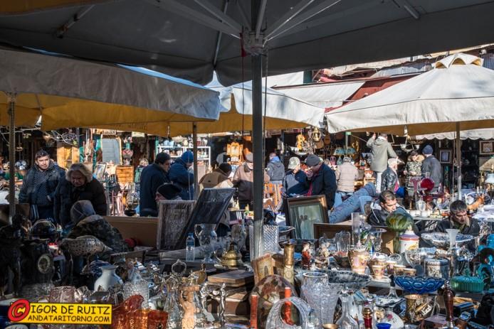 Mercato delle pulci di Atene