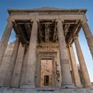 Atene, il sole a dicembre