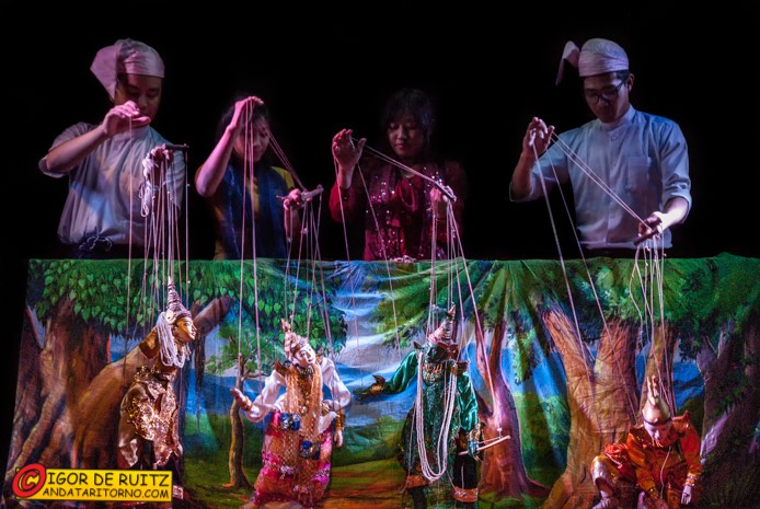 Il teatro delle marionette di Mandalay