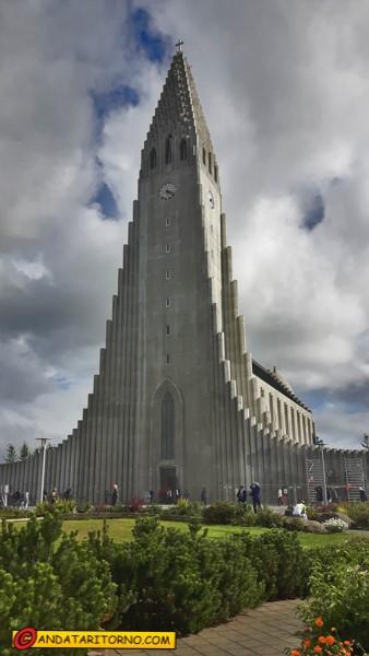 Hallgrímskirkja a Reykjavik