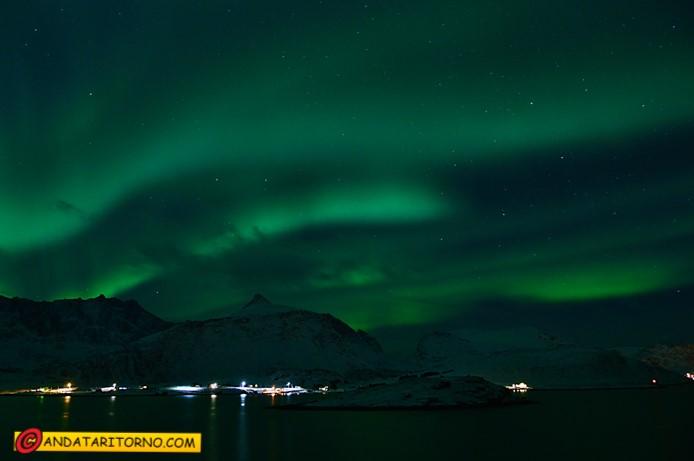 Aurora boreale su Flakstadøya