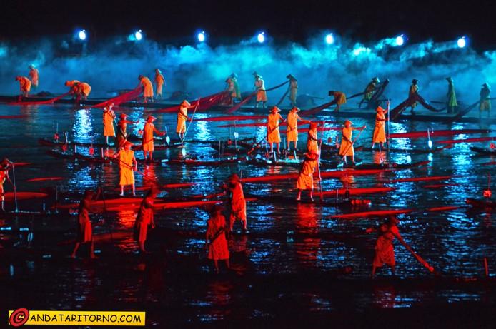 Una scena dello spettacolo Impression Sanjie Liu